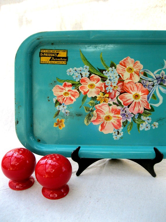 Vintage Tray Turquoise/Aqua Pink Metal Serving Fun from Tessiemay