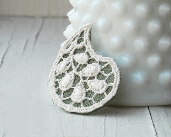 Boho Paisley, Sage Green Brooch with White Vintage Lace