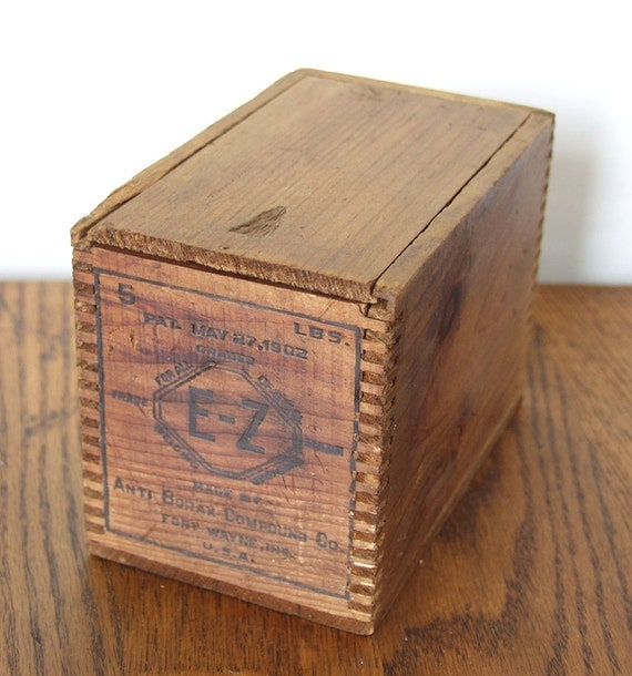 Sliding Wood Box : Antique small wooden box with sliding lid patent