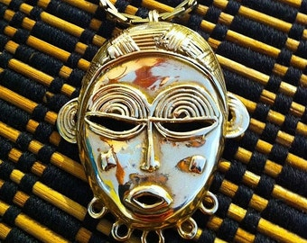 Africa's Glory,  Mask pendant no.3 in 14K GOLD.