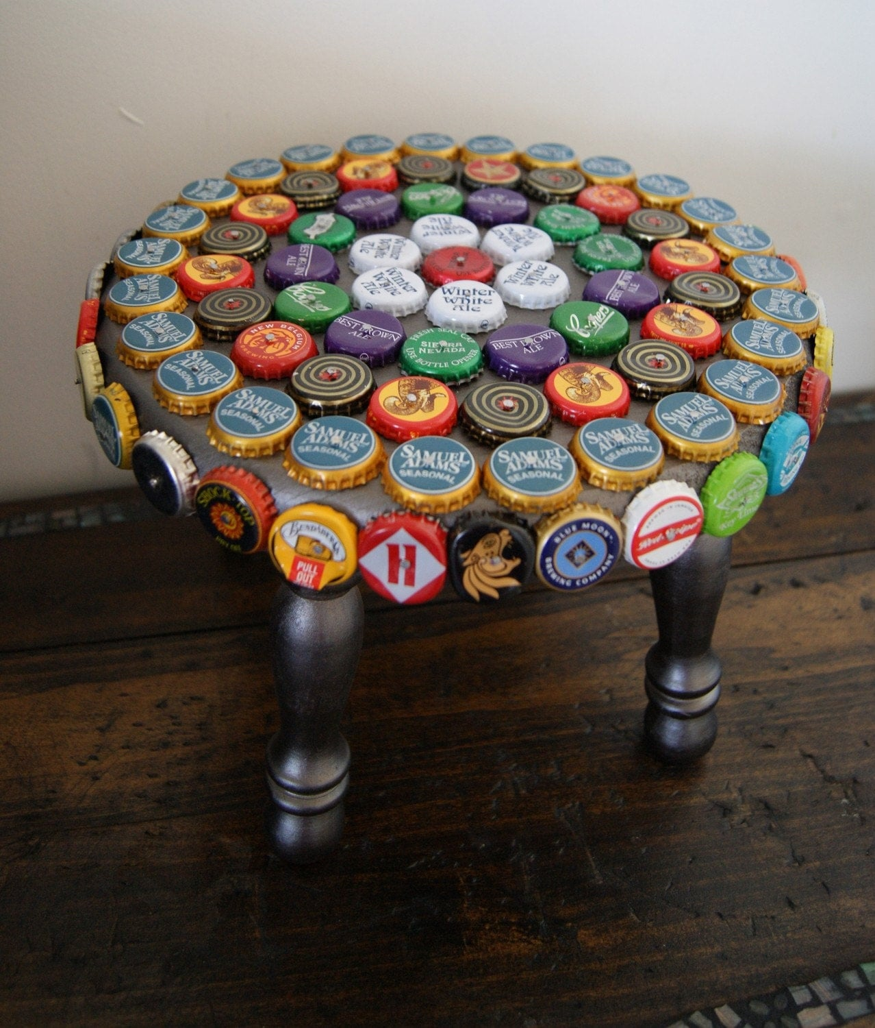 Beer bottle cap foot stool for What to make with beer bottle caps