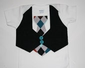 Black Vest with Turquois Diamond pattern Tie. Great for any ocassion. Makes for a great outfit for pictures.