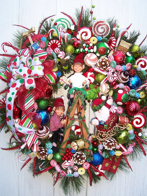 TANGLED LIGHTS Elves Christmas Wreath