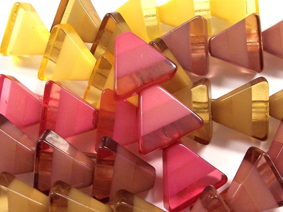 Ten (10) OLD Stock Heavy Plastic Lucite PINS Christmas Trees Triangles Different Colors FuN Mixed Media Jewelry (J43)
