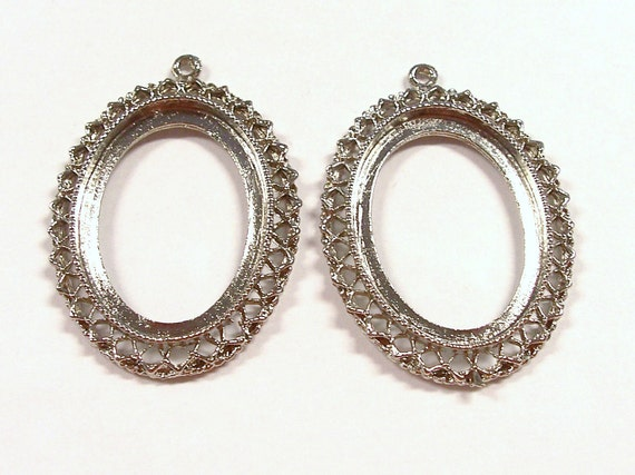 VINTAGE Silver Oval PENDANT Blanks Oval Two (2) Add Gems Cameos Fashion Jewelry Fun (G103)