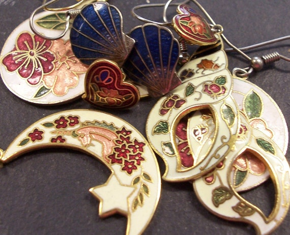 VINTAGE Earrings ENAMEL Earrings Shells Unicorns Flowers Moon Hearts Enamel Earrings Five (5) Pairs Ready to Wear Jewelry Destash (J132)