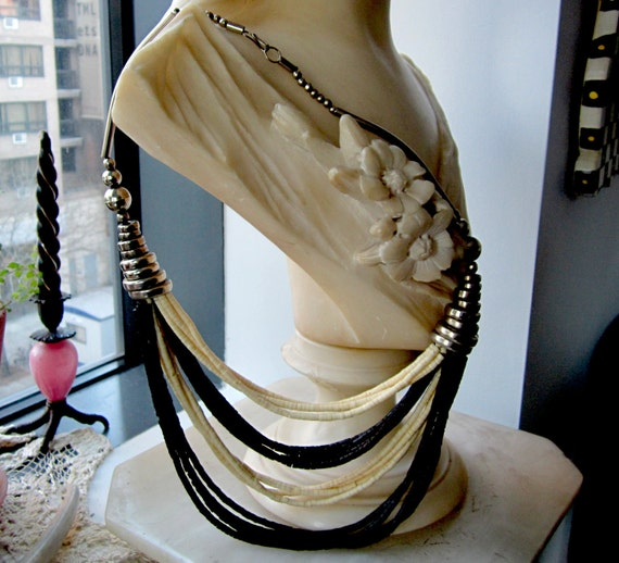Vintage Black & White Bone Disk Tribal Style Necklace, Stunning