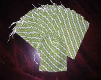 Teacher school gift bags An apple a day drawstring decorator fabric 4 x 6 bags one dozen
