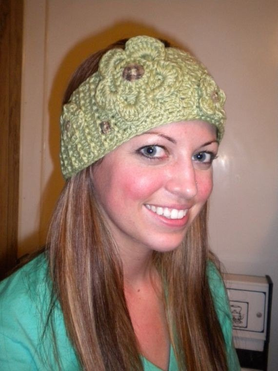 Knitted Headband Patterns Free : Irish Rose Headband Knitting Pattern