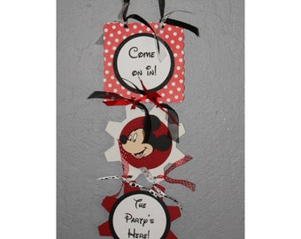 Mickey Mouse party door hanger welcome sign
