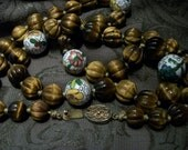 Vintage Tiger Eye Beads w Hand Painted Floral Beads Decorative Barrell Clasp