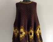 1970s Poncho Cape Fringed Handmade Brown Yellow Gold One Size