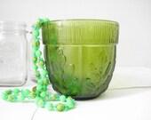 Olivine green oak leaf bowl