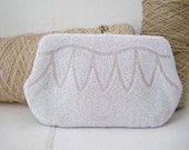 On reserve for Tania 1940s beaded clutch