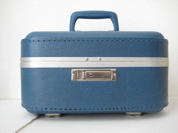 Vintage Blue Train Case