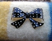 Enamel Pin Brooch COROCRAFT Coro Craft Black / White Polka Dot Bow 1960s