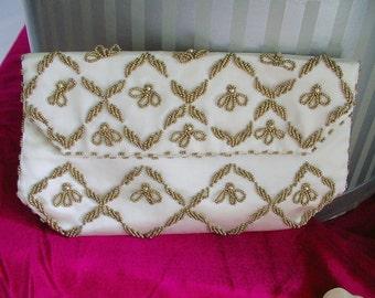 Beaded Clutch. HANDBAG. purse. vintage 1950s. HONG KONG. Ivory / Gold Beads