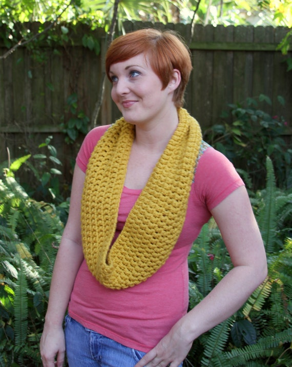Short Infinite Scarf/Cowl