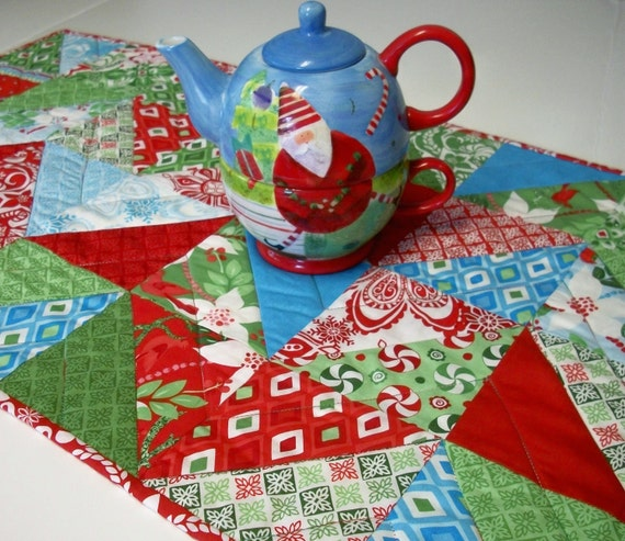 Christmas Table Runner Kate Spain Flurry Winter Holiday Triangles Handmade Reversible Ready to Ship One of a Kind
