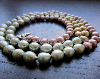 Long ombre textured freshwater pearl necklace in lime, mint and rose