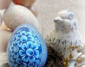 Seen on Martha Stewart Show - Hand Etched Egg - Flowers - Turkey Royal Bird - Rustic- Lithuanian Pysanky Present -  Stand or Ornament
