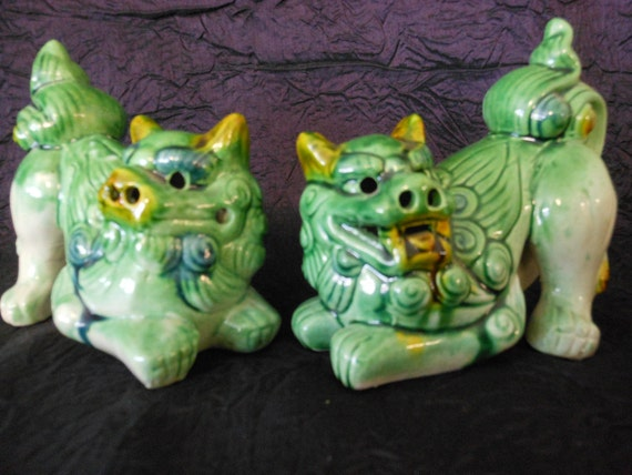 vintage  Asian figurines green foo dogs,a pair