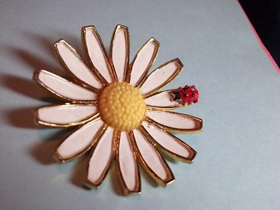 Vintage Brooch, Vintage WEISS Brooch Large Daisy Flower & Ladybug