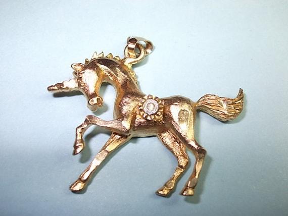 Vintage UNICORN Pendant Brushed Gold tone Unicorn Pendant with Rhinestone (sn 162)