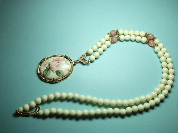 Vintage Jewelry, Vintage Pendant, Rose Necklace by 1928 Lovely Pink Rose (sn 220)