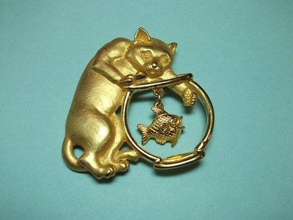 Vintage Brooch, Vintage JJ Brooch Cat Fishing Pin (SN 177),Vintage Brooch