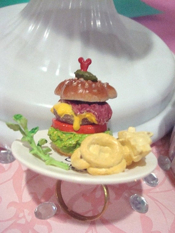 Mickey Mouse Yummy Hamburger Lunch Ring
