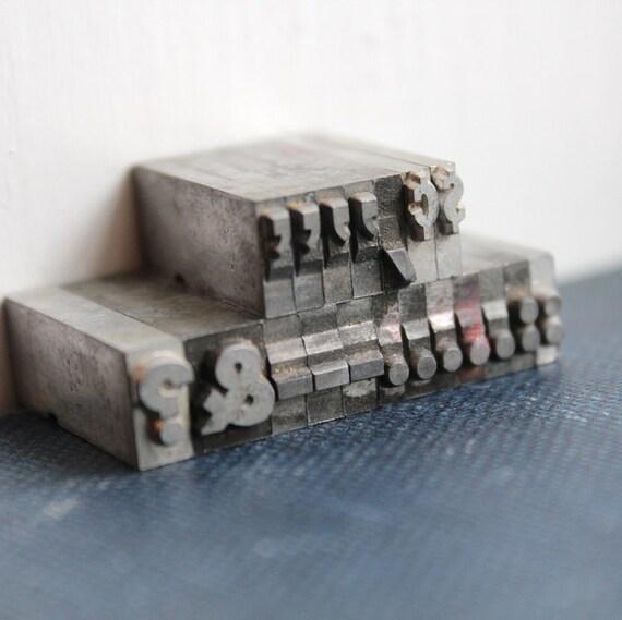 Metal Letterpress Set - Punctuation - 24 pt 19 pieces