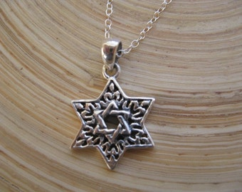 Star Necklace, Sterling Silver Hebrew Star of David Necklace, Jewish Star Necklace, Unisex Jewelry Beautiful Pendant