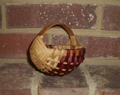 Handwoven Mini Melon Basket with Burgandy Accent