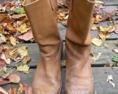 Vintage tan cowboy boots US 10 - 11 mens slouchy low heel distressed worn leather riding calf horse engineer work orange cognac biltrite