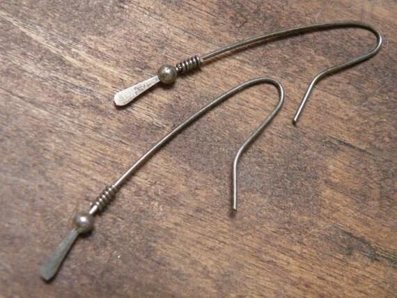Vintage sterling silver abstract earrings pierced hammered hook modernist modern handmade elegant 925 wire simple simplistic unique