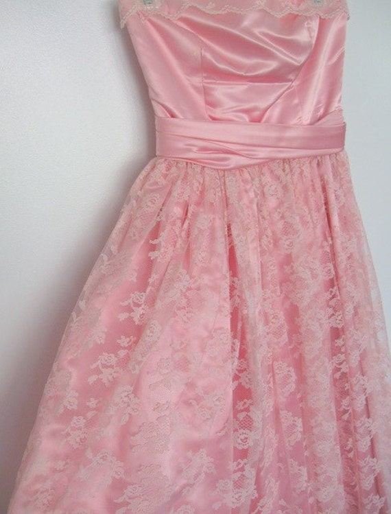 Pretty in Pink Satin and Lace Empire Waist Strapless Dress 1950s - Prom - Bridesmaid - Party - Dance