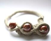 Linen Eyes, Necklace
