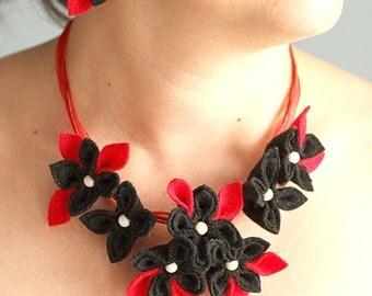 Black with Red  Felt Flower Necklace, Gothic Wedding, Stampunk