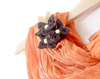 Chocolate, Flower Brooch