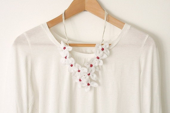 SALE Dreamy Flower Necklace