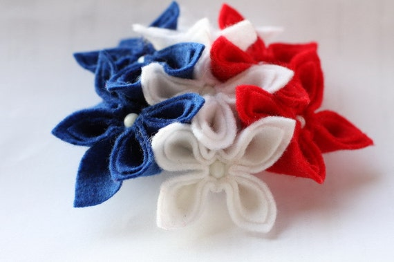Americana , Blue White and Red Felt Flower Brooch
