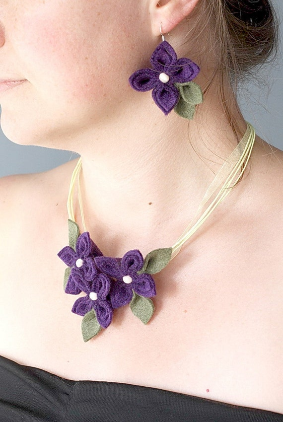 SALE Purple with Olive Felt Flower  Set , Flower Necklace and Earrings