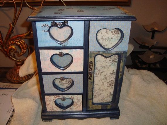 Custom jewelry boxes - check out the boxes available