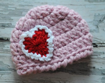 Newborn - 3 mo Sweetheart Hat