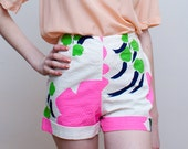 1960s high waisted shorts / bright floral print / XS