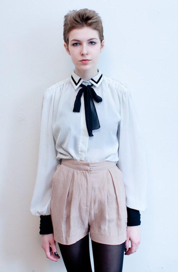 vintage bow blouse / pin stripe secretary blouse / M-L