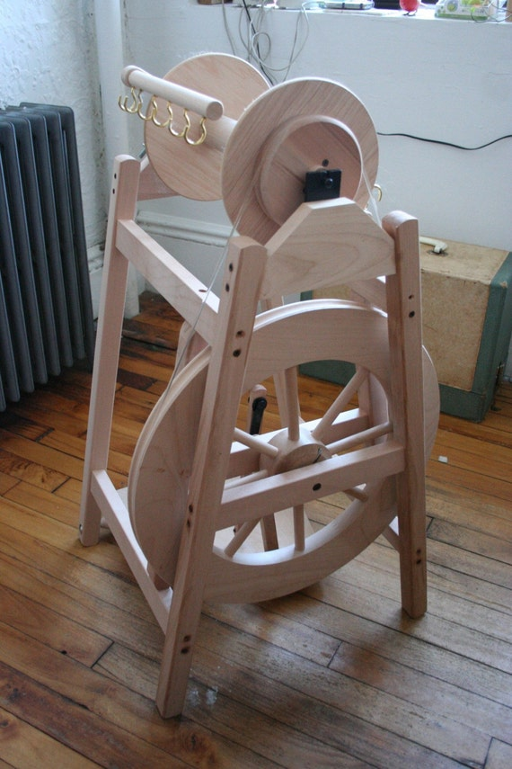 SALE-- Ashford Country Spinner Spinning Wheel Like New plus Bobbin