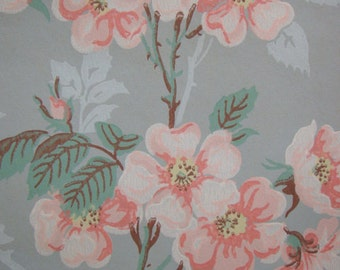 Vintage Wallpaper - Leafy Pink Flowers with Yellow Centers - 1 Yard