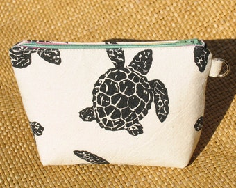 Sea Turtle Canvas Cosmetic Bag to Benefit Marine Discovery Center Kids Programs